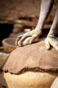 Shaping pots, mission 2013. Photo XXX