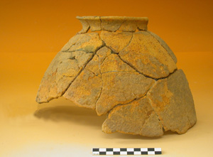 Pottery of the 2nd millennium cal BC, Kéli Sogou site. Photo S. Ozainne